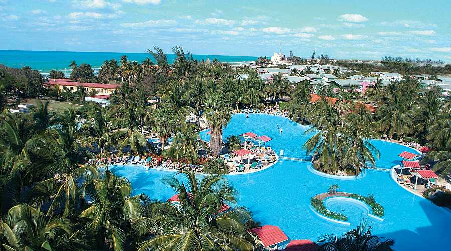 Cadenas de hoteles estadounidenses estan ansiosas por entrar en Cuba, pero hay un problema.