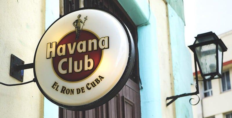 Cartel del ron Havana Club