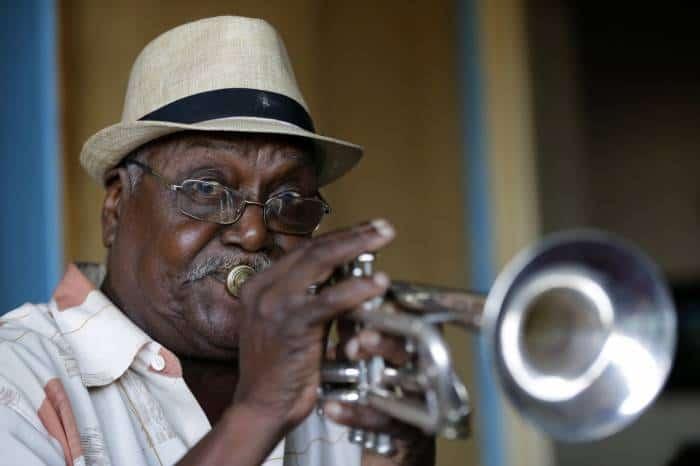 Los tonos altibajos de la música cubana de enero