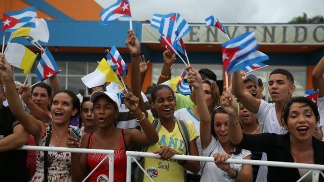 cubanos en el aereopuerto