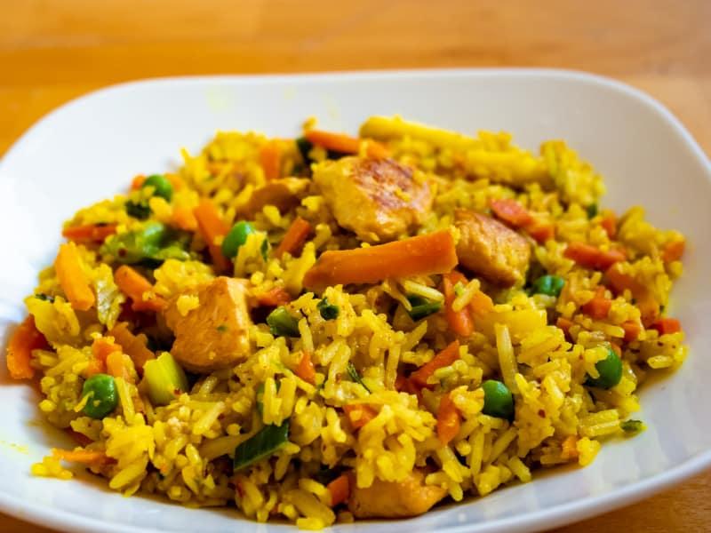 Aprende a preparar arroz con pollo a la cubana (+Recetas)