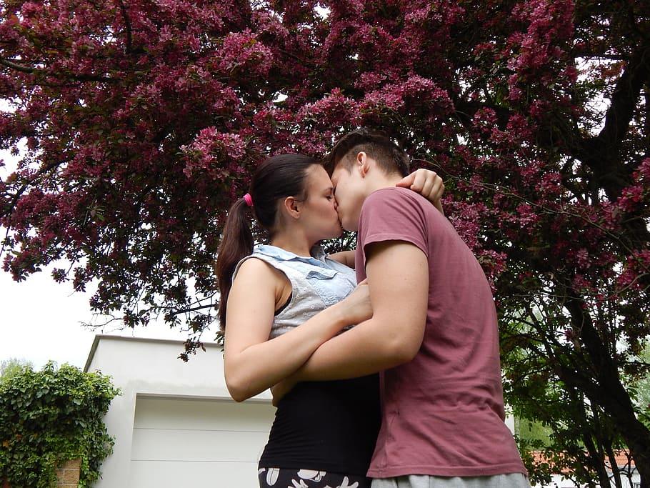 Un mate es la frase que usa un cubano para referirse a un beso a la francesa