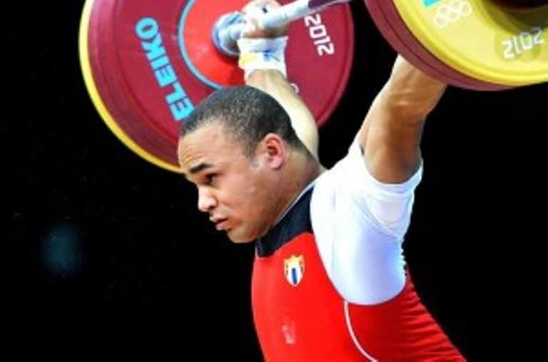 La conquista de esta medalla lleva al atleta cubano Yoelmis Hernández, a su clasificación para participar en las Olimpiadas de Rio de Janeiro. FOTO: olympicweightlifting.eu