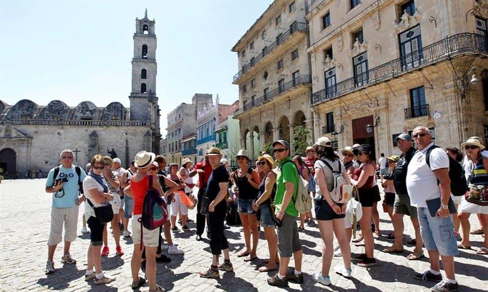 Hasta la fecha de hoy Cuba, tiene registro de ingreso de turistas por el orden de 2.000.000 millones. FOTO: endimages.s3.amazonaws; elnuevodiario.com.ni