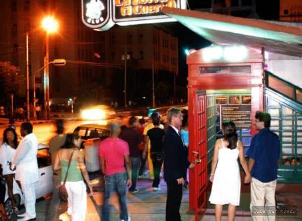 Bar en Cuba la Zorra y el Cuervo. FOTO: cubatechtravel.com
