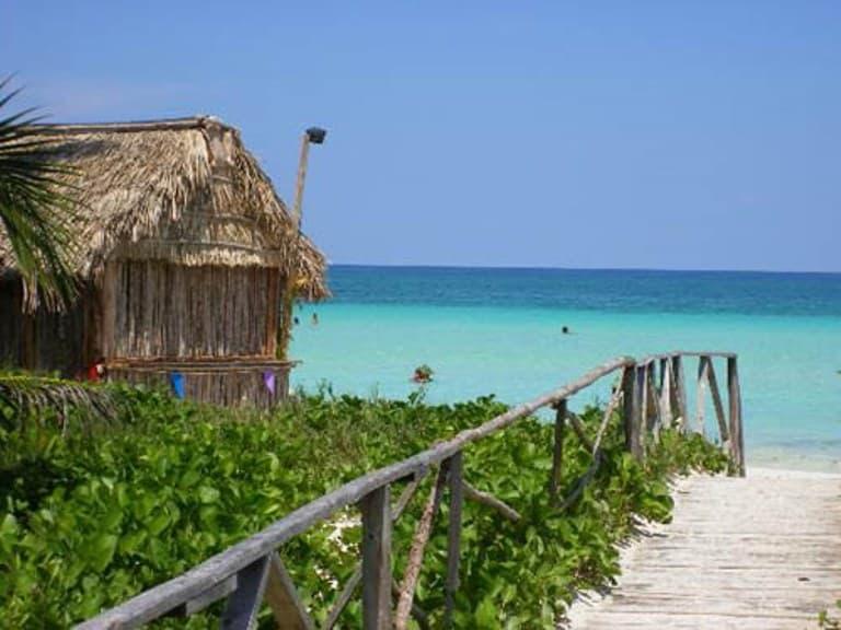 Otro sitio increíble que tiene Cuba, este parque se ubica en Ciego de Ávila en Morón en Cayo Coco. FOTO: absolut-cuba.com