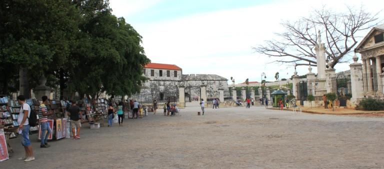 Un recorrido a pie por la Habana Vieja será entonces uno de tus destinos Esto por Si quieres conocer más de Cuba y de su HistoriaEn este artículo conocerás 4 de las plazas más visitadas en la Habana Vieja en Cuba. FOTO: cubalandtravel.com