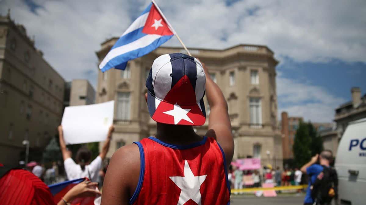 3 aclaraciones IMPORTANTES sobre la política migratoria para cubanos