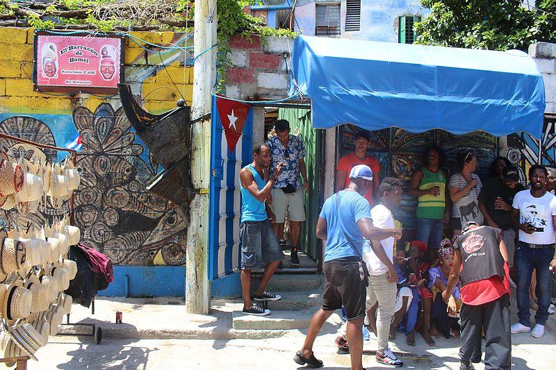 El Callejón de Hamel: el más colorido de Cuba