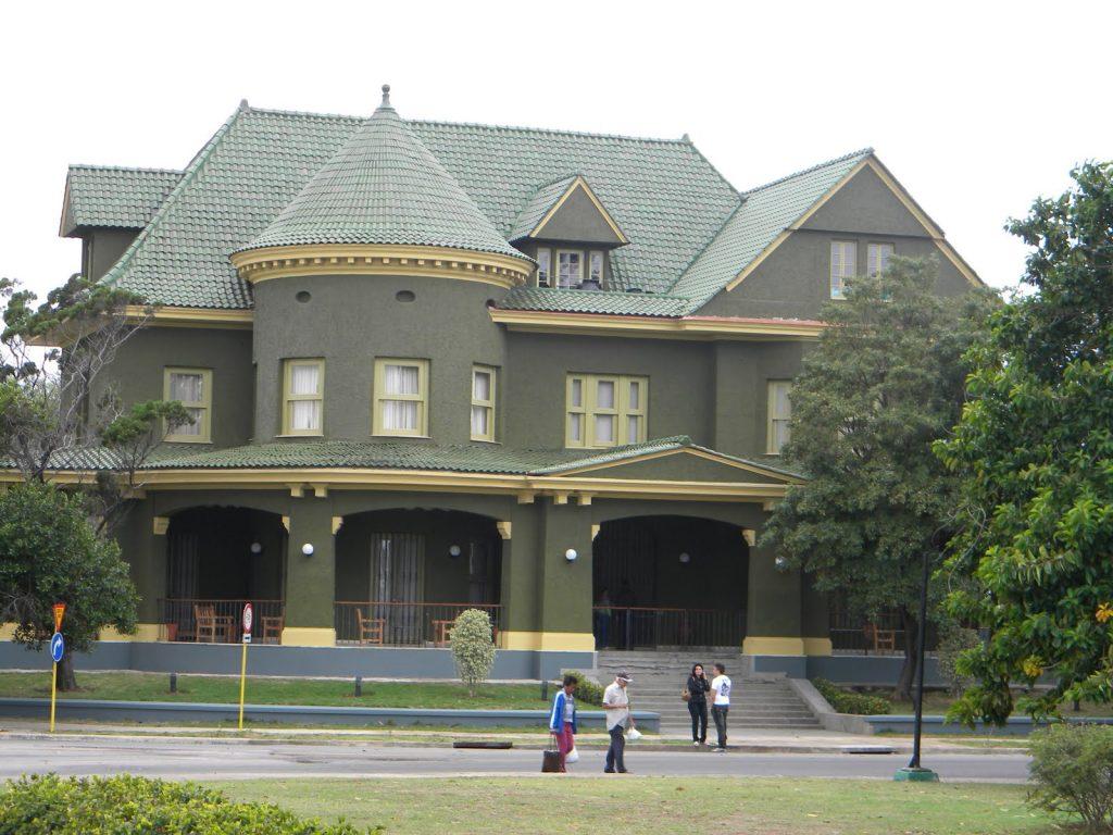 La casa famosa casa de las tejas verdes