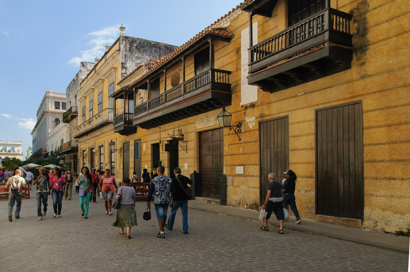 Caminar por La Habana Vieja es una gran forma de conocer la ciudad