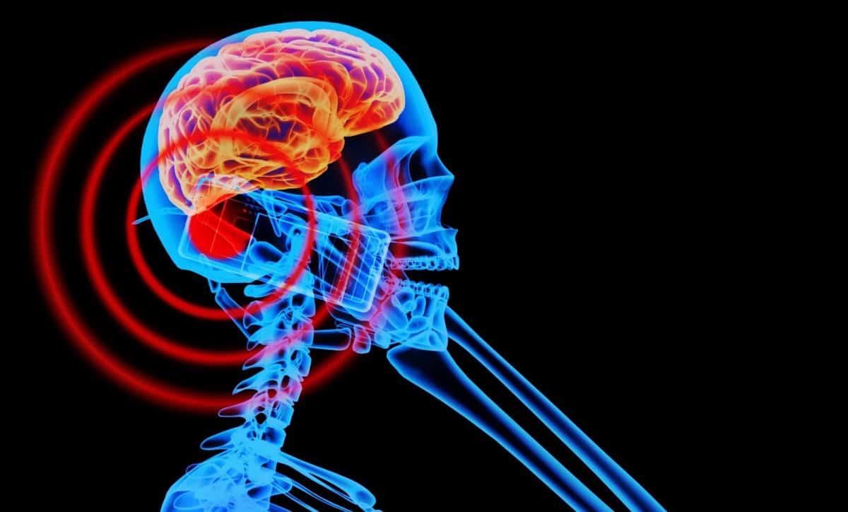 ¿Existe alguna relación entre el cáncer uso de los móviles? Científicos revelan la respuesta…