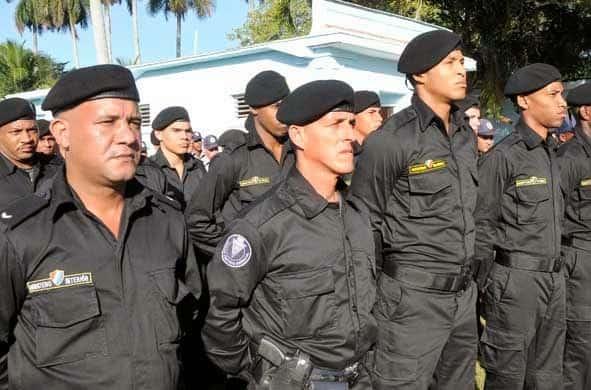 Conoce un poco de los Boinas Negras, las tropas especiales que resguardan en estos días las calles habaneras