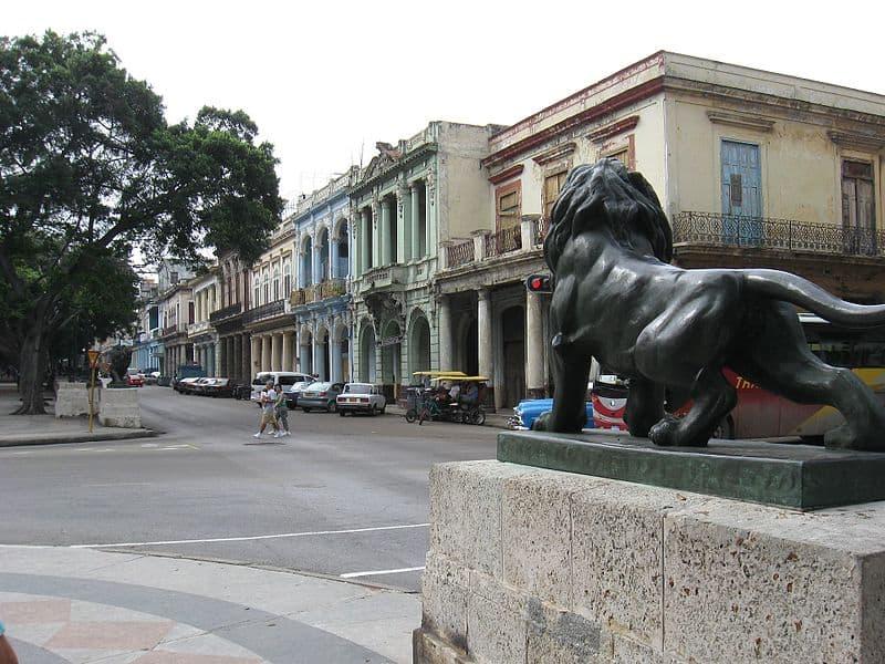 Al principio, los laterales del Paseo del Prado no eran pavimentados