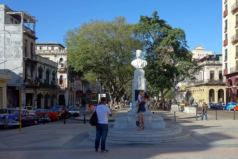 Busto de Martí en el Paseo del Prado