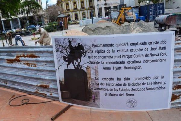 Ultiman detalles para colocar estatua de Martí frente al antiguo Palacio Presidencial