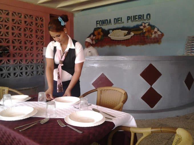 Extienden servicios de fondas populares en comunidades del oriente cubano