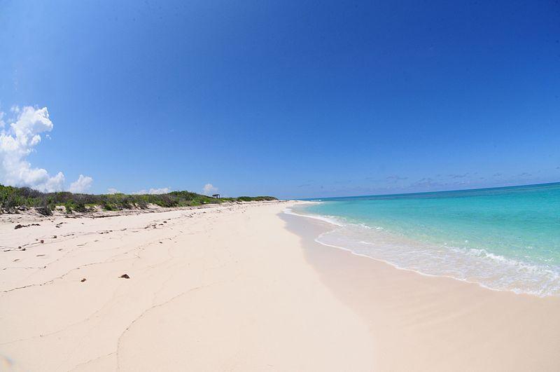 El pedraplén Caibarién permite el acceso a las maravillosas playas de Cayo Santa María