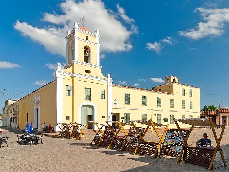 Iglesia y Plaza San Juan de Dios