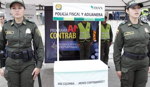 Deportistas cubanos son capturados en aeropuerto colombiano por llevar celulares robados