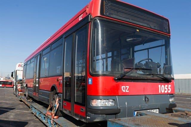 Habana recibe donación de seis autobuses urbanos que fueron sacados de circulación en España
