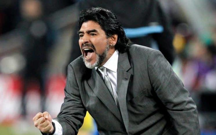 """EE.UU. le niega de nuevo la visa a Maradona y el llama a Trump """"chirolita"""""""