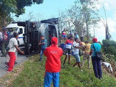Otro accidente automovilístico en La Gran Piedra dejó 20 heridos ayer en Cuba