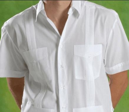 La guayabera: la única prenda en Cuba capaz de desplazar al cuello y corbata