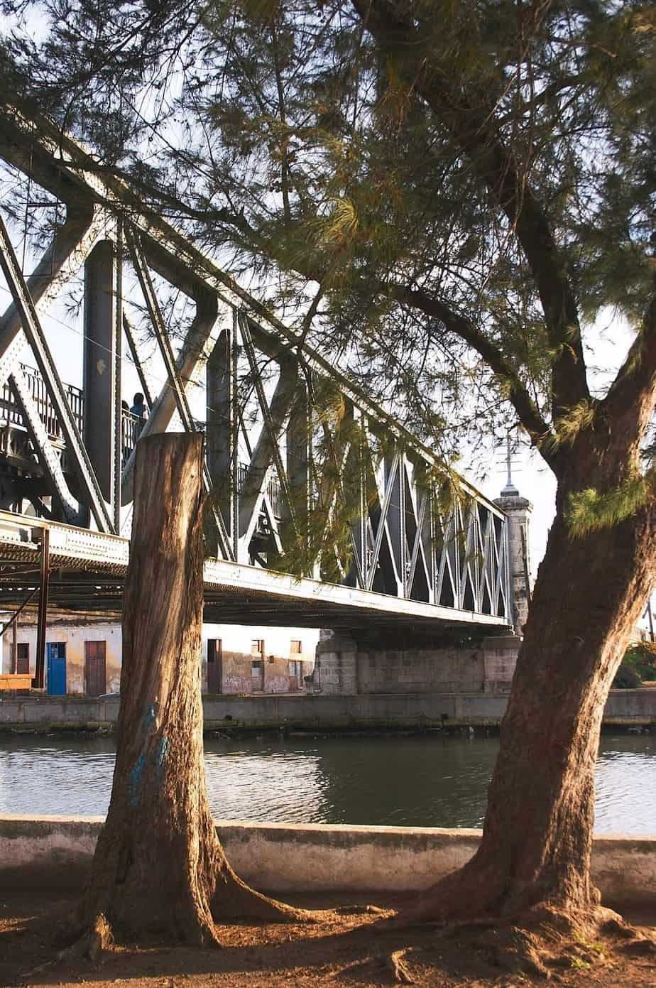 Puente Calixto García