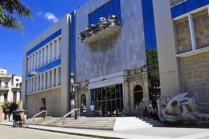 Museo Nacional de Bellas Artes de Cuba, el museo peregrino (+ Fotos)