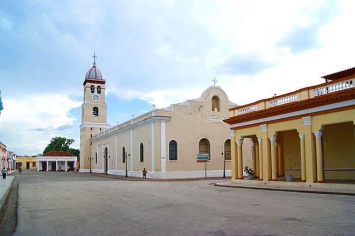 Plaza del Himno Nacional en Bayamo, un símbolo de cubanía