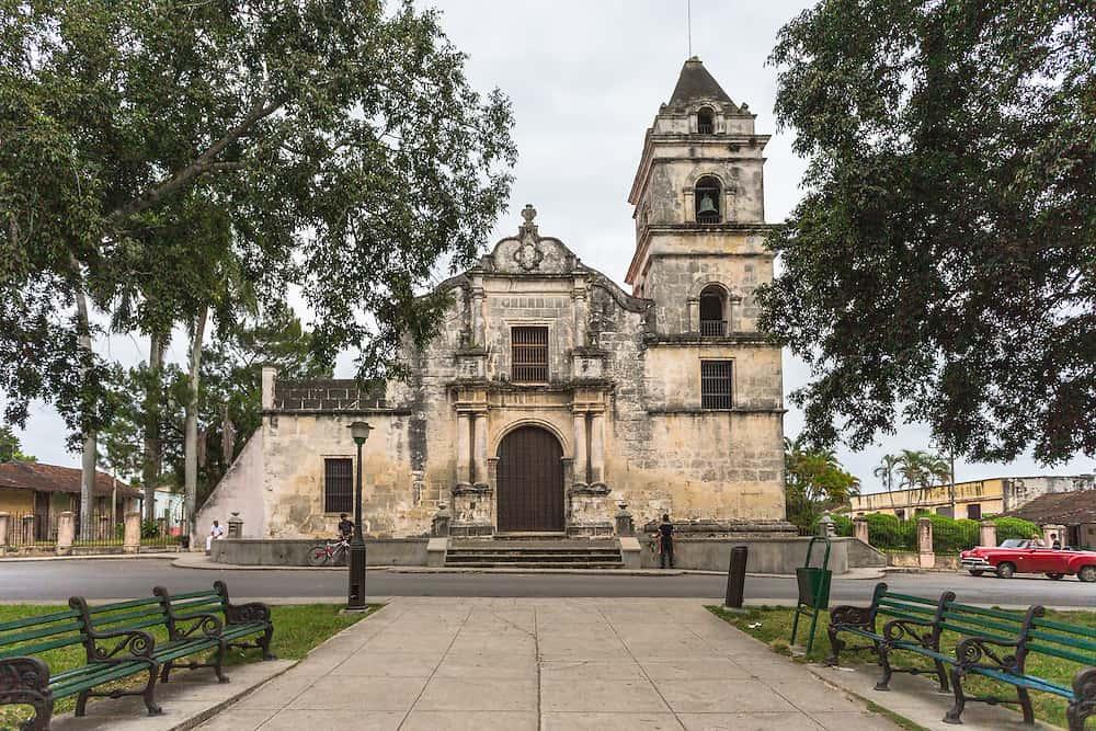 Descubre los secretos de Santa María del Rosario, el apacible pueblo de la Catedral de los Campos de Cuba (+ Video)