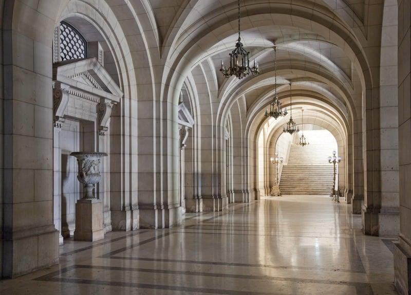 Pasillo  en el Capitolio de La Habana