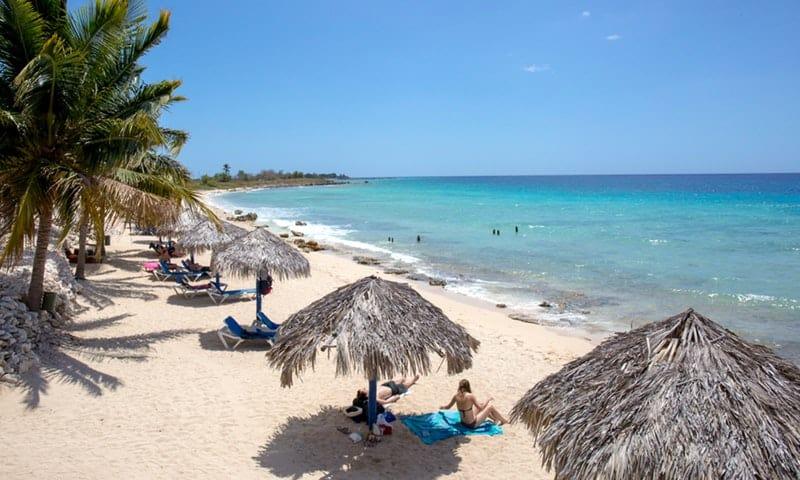Playa Ancón, el paraíso natural que complementa a Trinidad