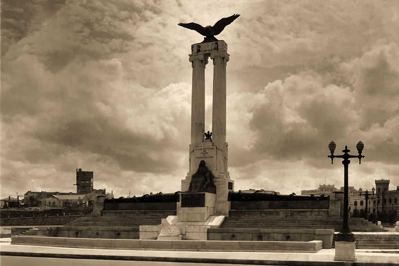 La agitada y curiosa historia del monumento a las víctimas del Maine en La Habana