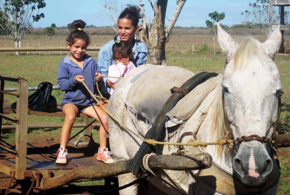 San Narciso de Álvarez, el pueblo cubano en que no se quieren quedar ni los muertos