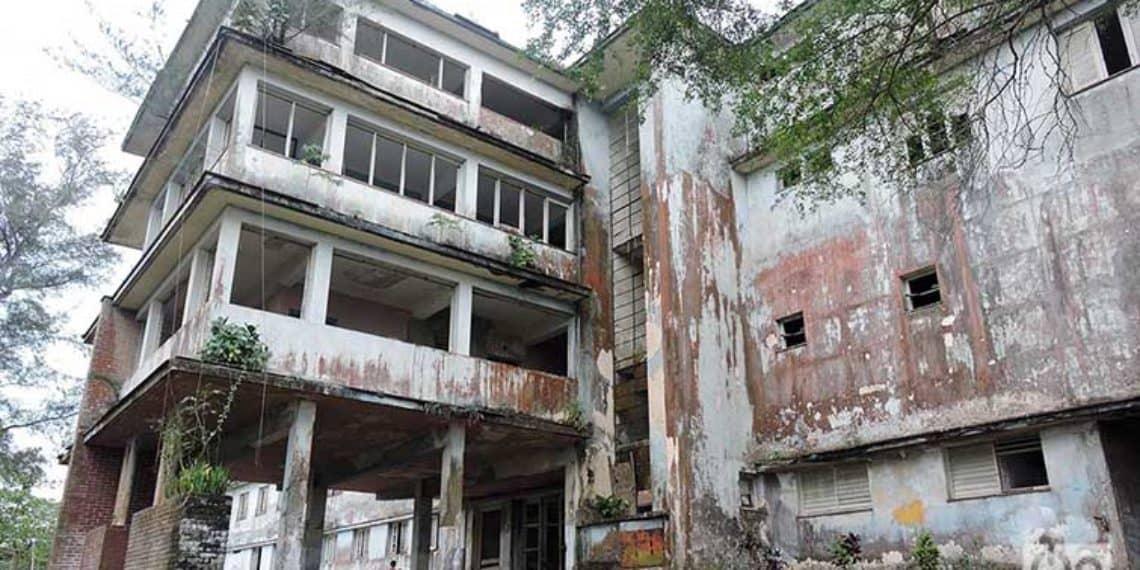 Hospital de Guanito, un manicomio abandonado en medio de las montañas de Cuba y que dicen que está embrujado (+ Fotos)