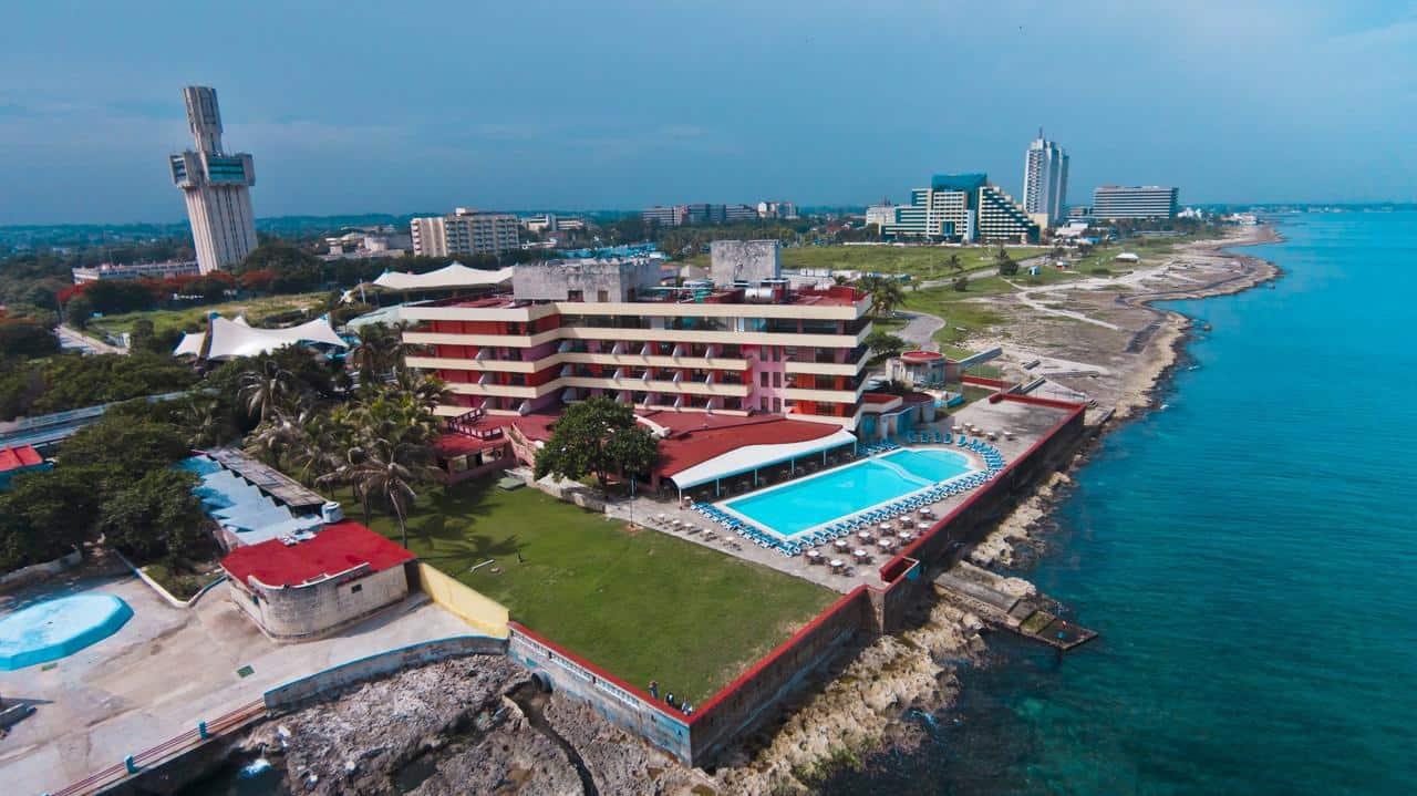Recorriendo Miramar, el barrio más moderno y elegante de la capital cubana (+ Fotos)