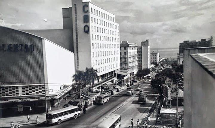 Edificio de CMQ rn La Habana, Cuba