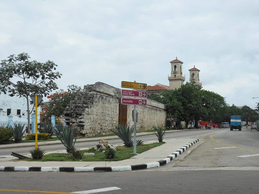 Calle Egido y Estación de trenes