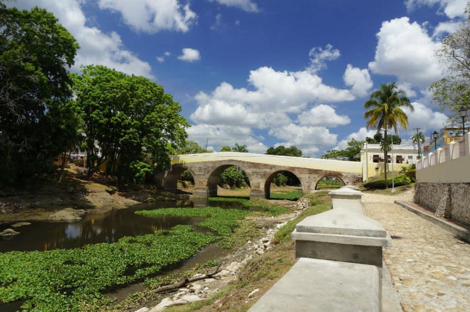 Puente sobre el rio Yayabo Sancti Spíritus
