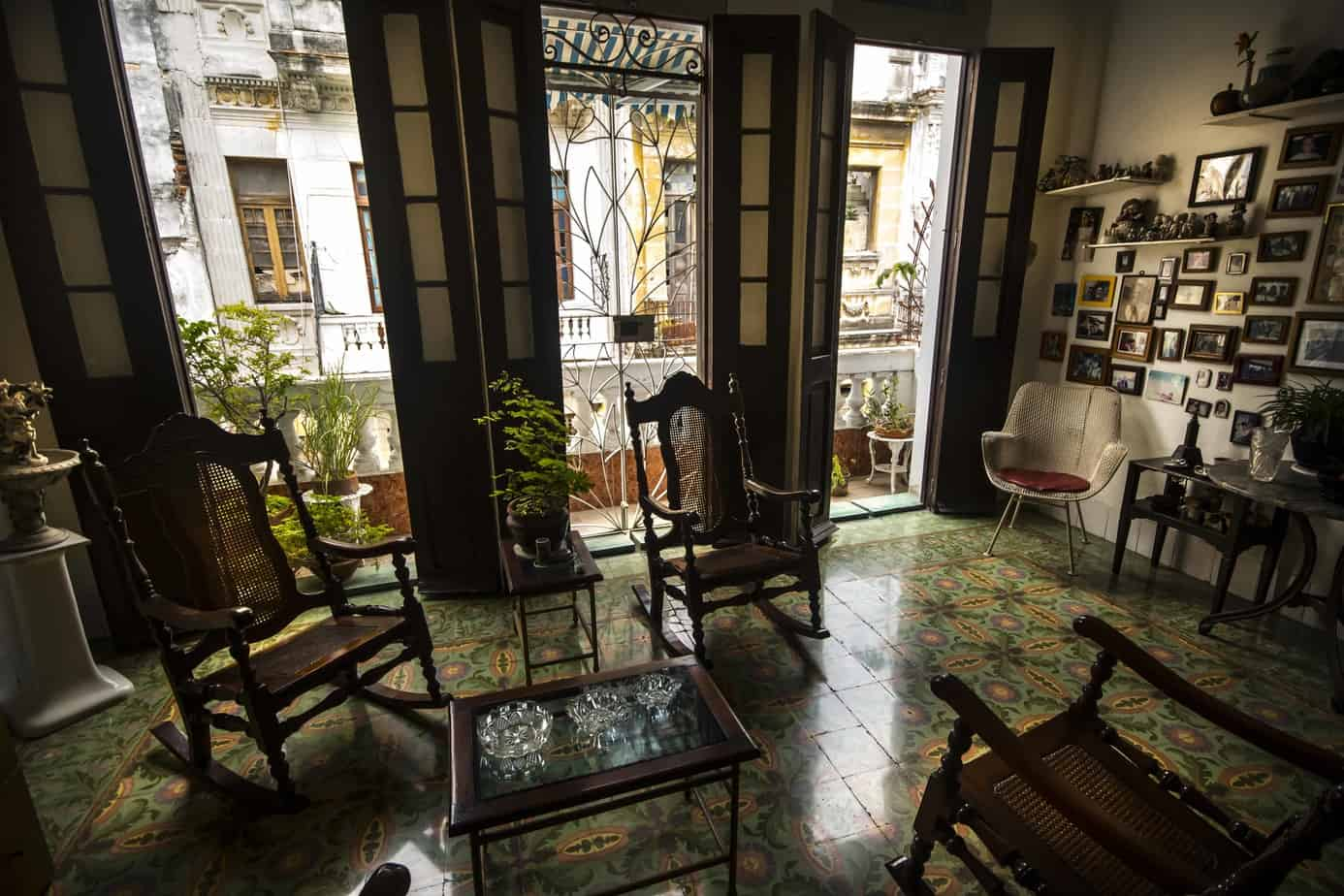 15 cosas que nunca faltan en una casa cubana (Parte 2)
