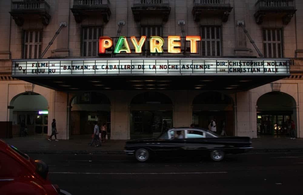 Cine teatro Payret, entre la oscuridad y la destrucción