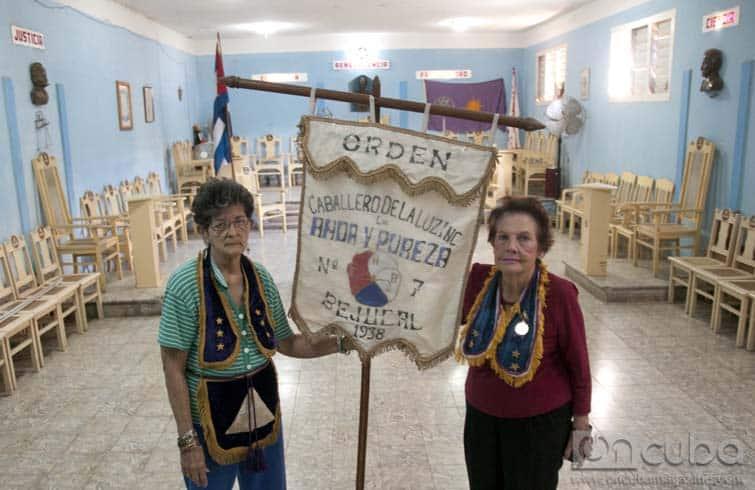 Sacerdotisas del hogar: la desconocida vida de las mujeres de los masones en Cuba