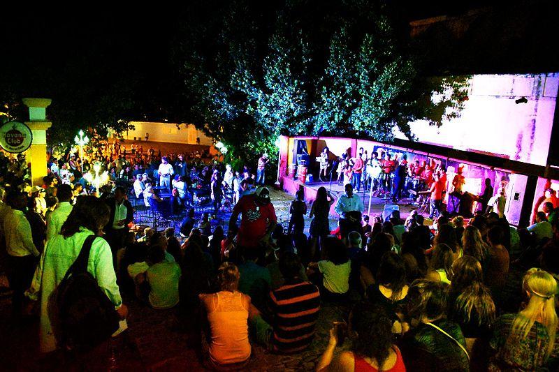 Así es la vida nocturna en Trinidad