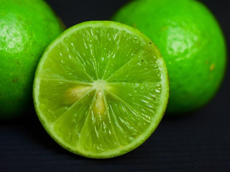 Casco de limón
