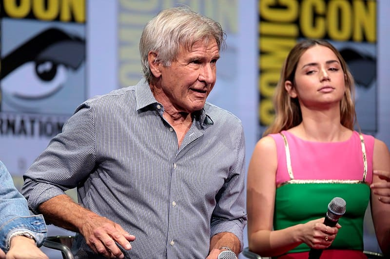 Ana de Armas y Harrison Ford