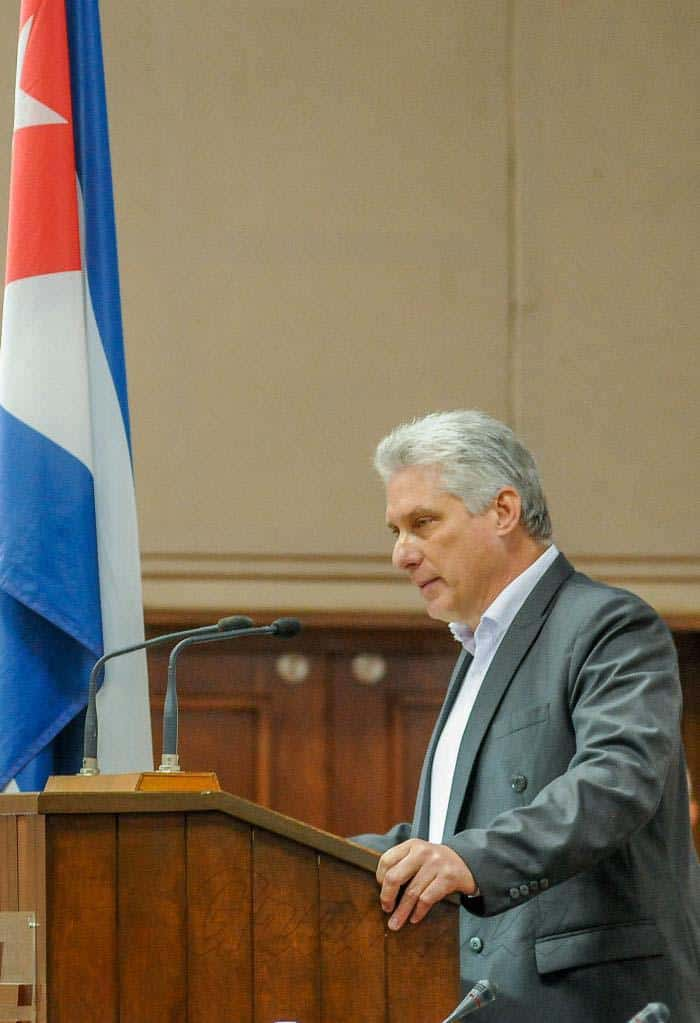 Díaz-Canel en el discurso de clausura del IX Congreso de la UNEAC