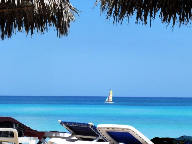 Plas playas de Cuba son bellas, para ejemplo Playa Esmeralda