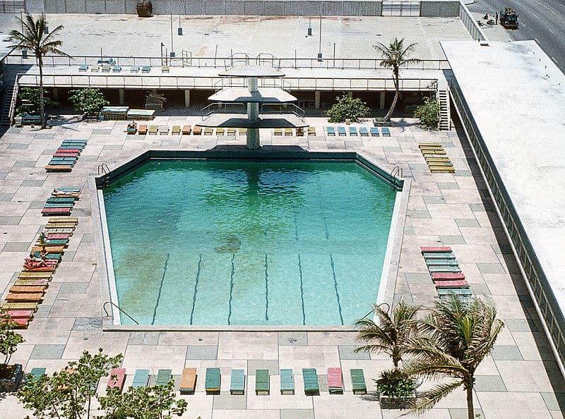Piscina del Hotel Riviera en 1.973